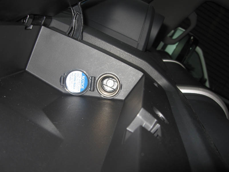 Auxiliary power outlet toyota fj cruiser forum click image for larger version name 12volt3g views 9692 size 574 sciox Gallery