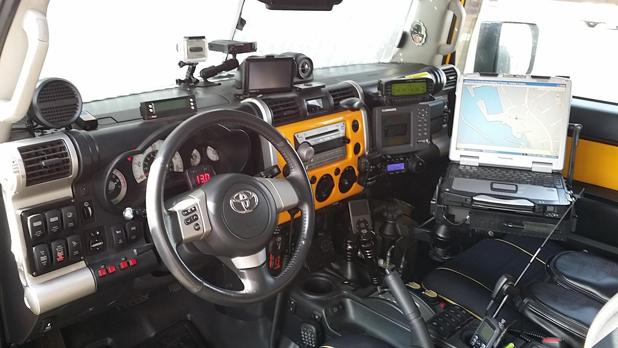 Ham Radio Mounting Post Your Pics Page 5 Toyota Fj