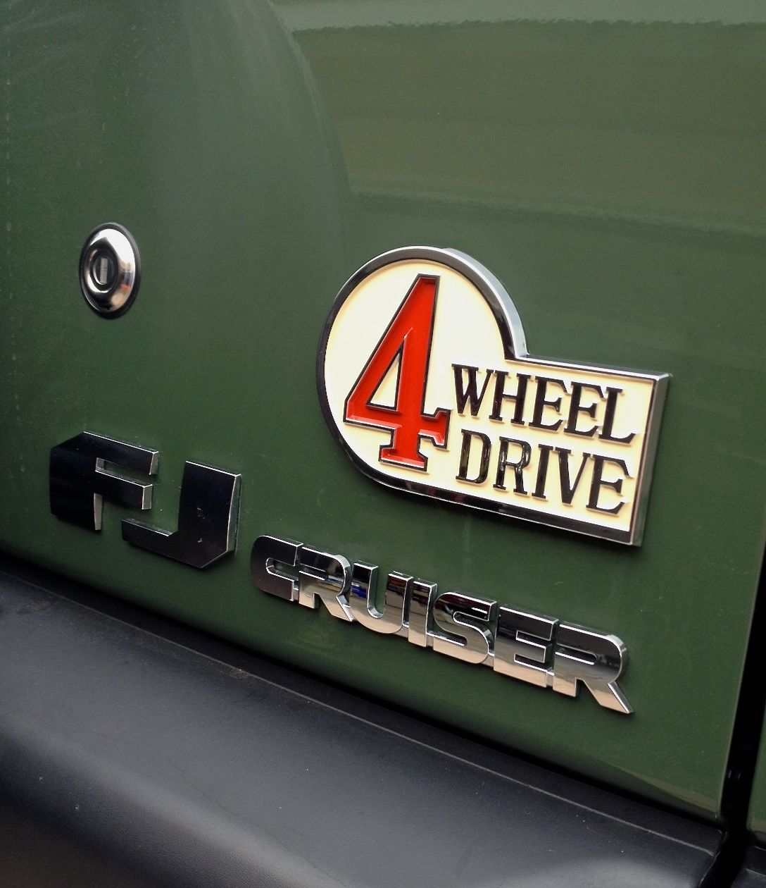 Click image for larger version name 4wd badge jpg views 285 size