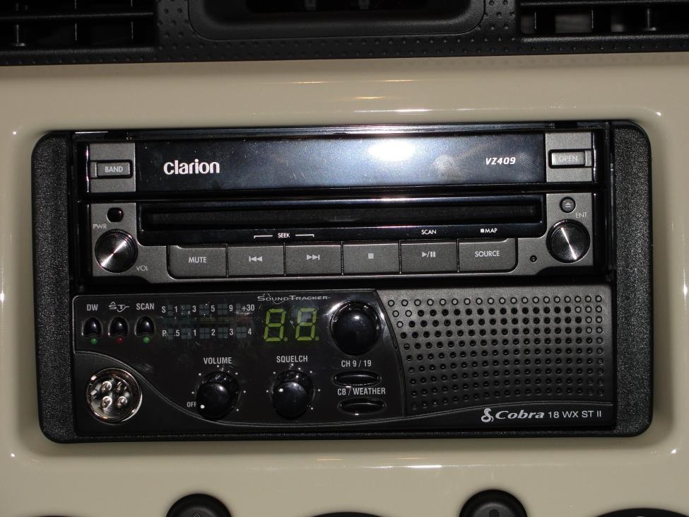 Any Pics Of Cool Cb Radio Mounts Page Toyota FJ Cruiser Forum - Cool car radios