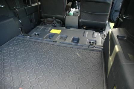D Full Rear Seat Removal Pics Divider Dsc Lr on Toyota Fj Cruiser
