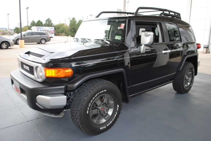 "Toyota FJ Cruiser 2007-2009 Pro Comp 5.5"" Lift Kit"