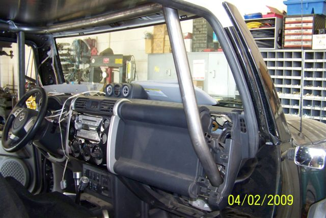 Custom Internal Roll Cage Coming Right Up Toyota Fj Cruiser Forum