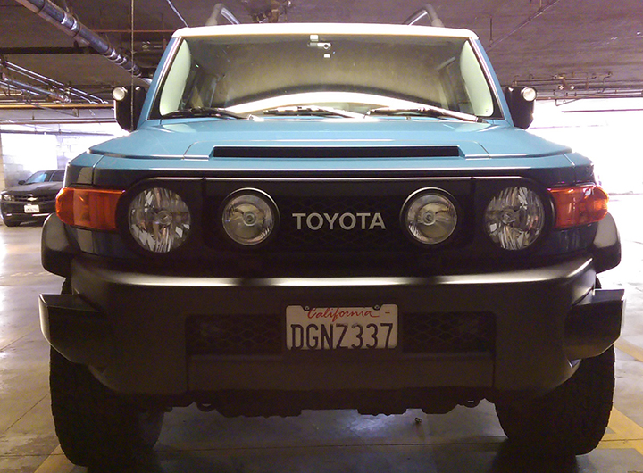 Installed KC pro-sport, Phillips Ultinon, and new LED bulbs-fj_front1.jpg