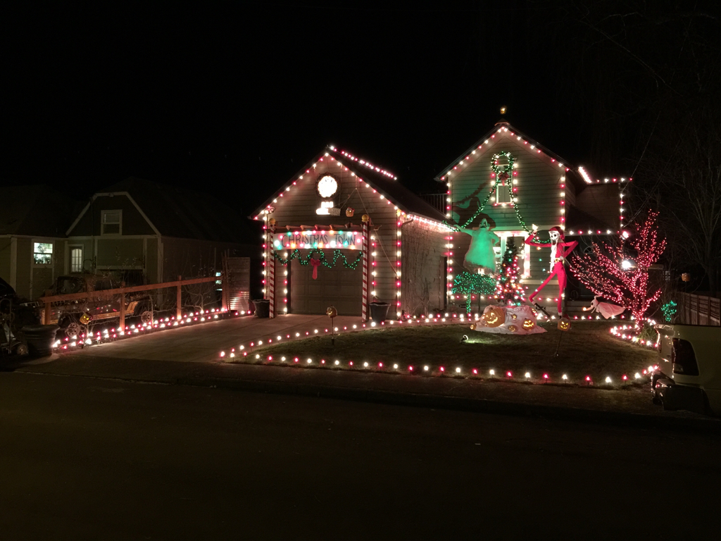 Let's see the Xmas lights! - Toyota FJ Cruiser Forum