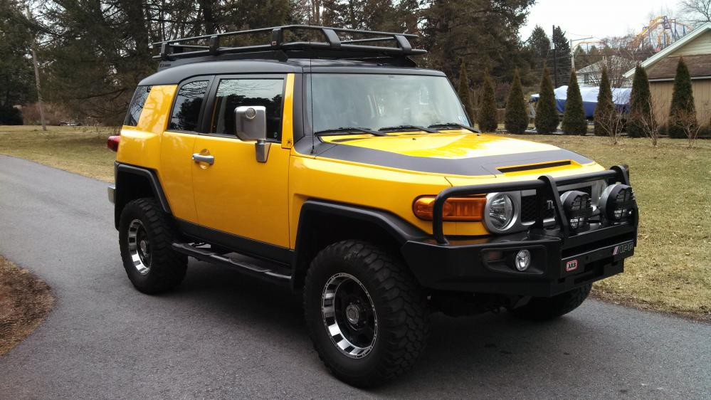 2007 Yellow Fj Cruiser Crawler Edition Black Roof Toyota