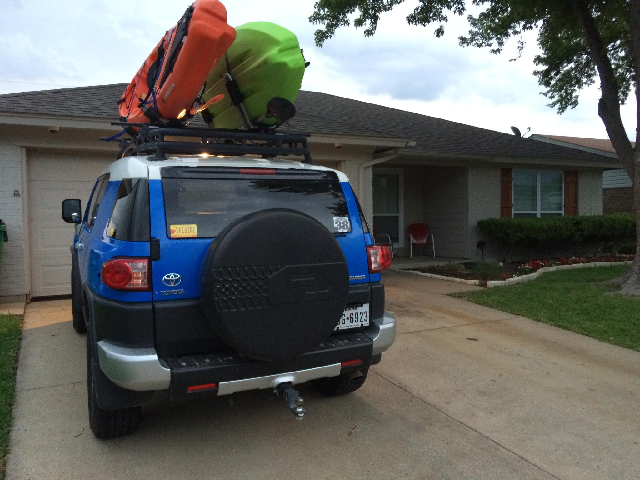 vs hull etrailer thule com rack stacker kayak comparison the port a compare