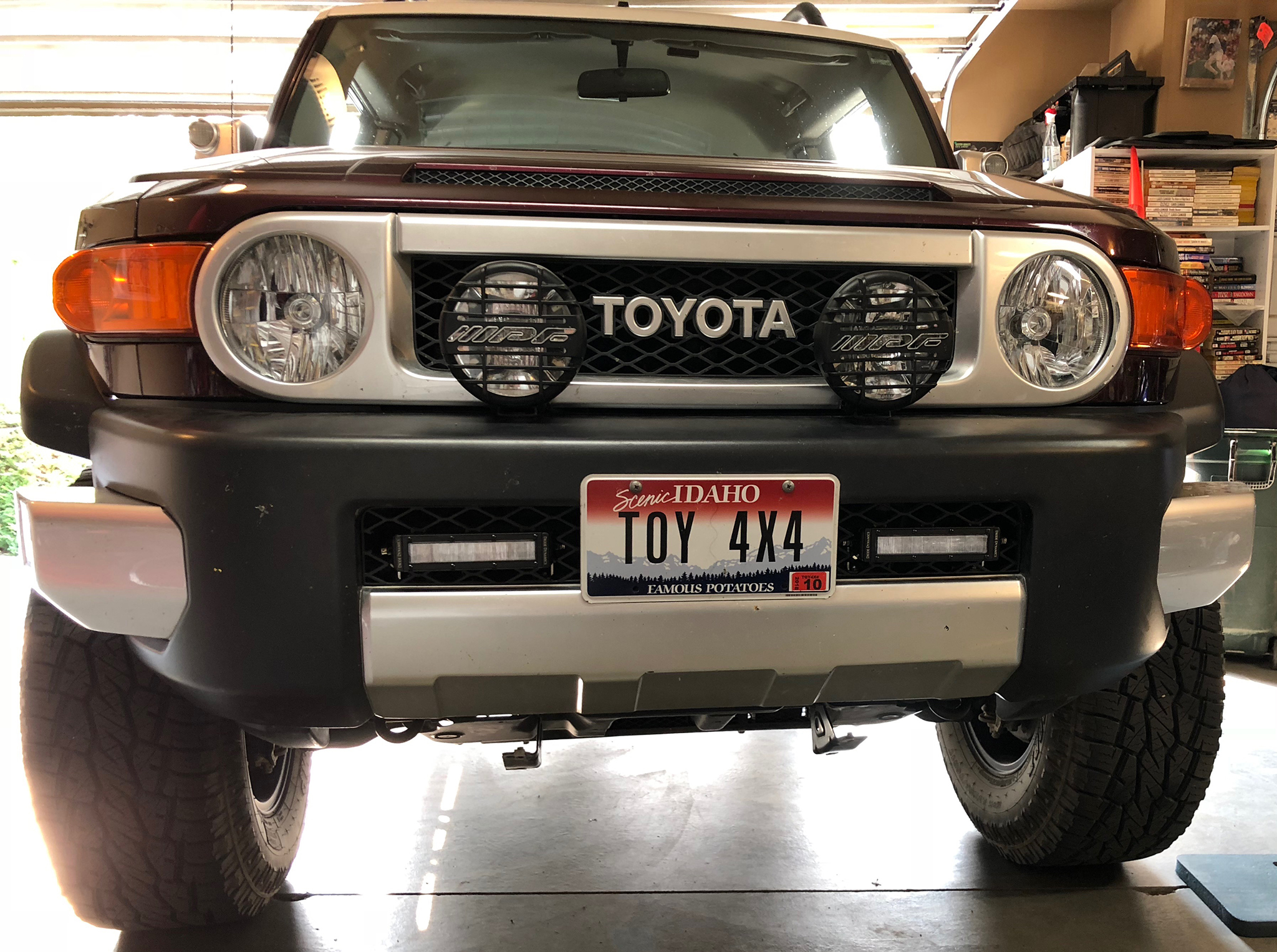 LED light bar in front bumper-img_3713.jpg