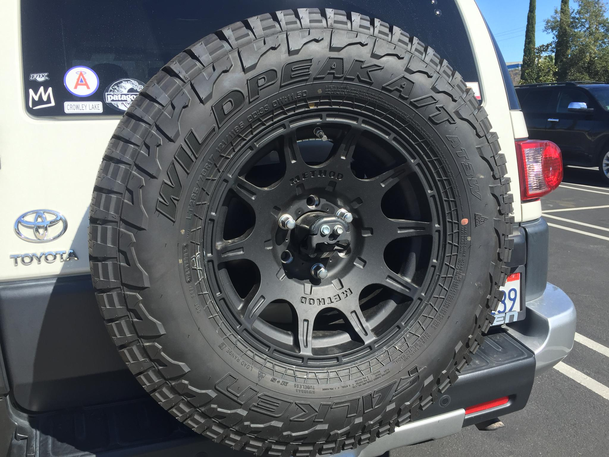 2016 Fj Cruiser >> Method Roost (Black) on Falken Wildpeak A/T3W - Toyota FJ Cruiser Forum