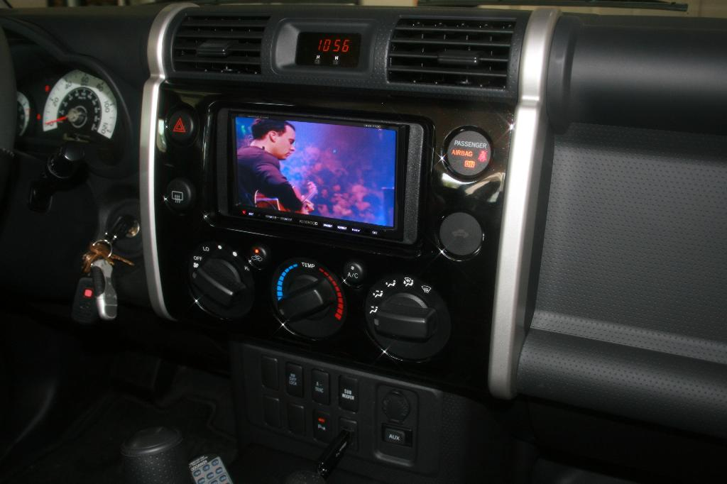 D Looking Pics Double Din Install Img Large E Mail View on Fj Cruiser Fog Lights