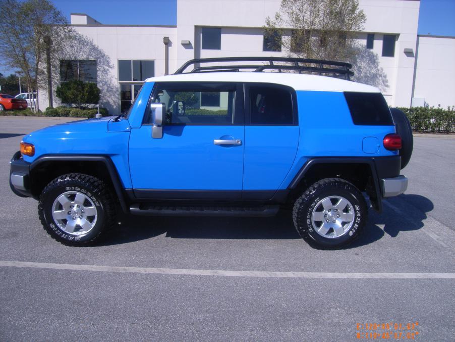 2007 Fj Cruiser 4x4 Voodoo Blue 23 900 00 Toyota Fj
