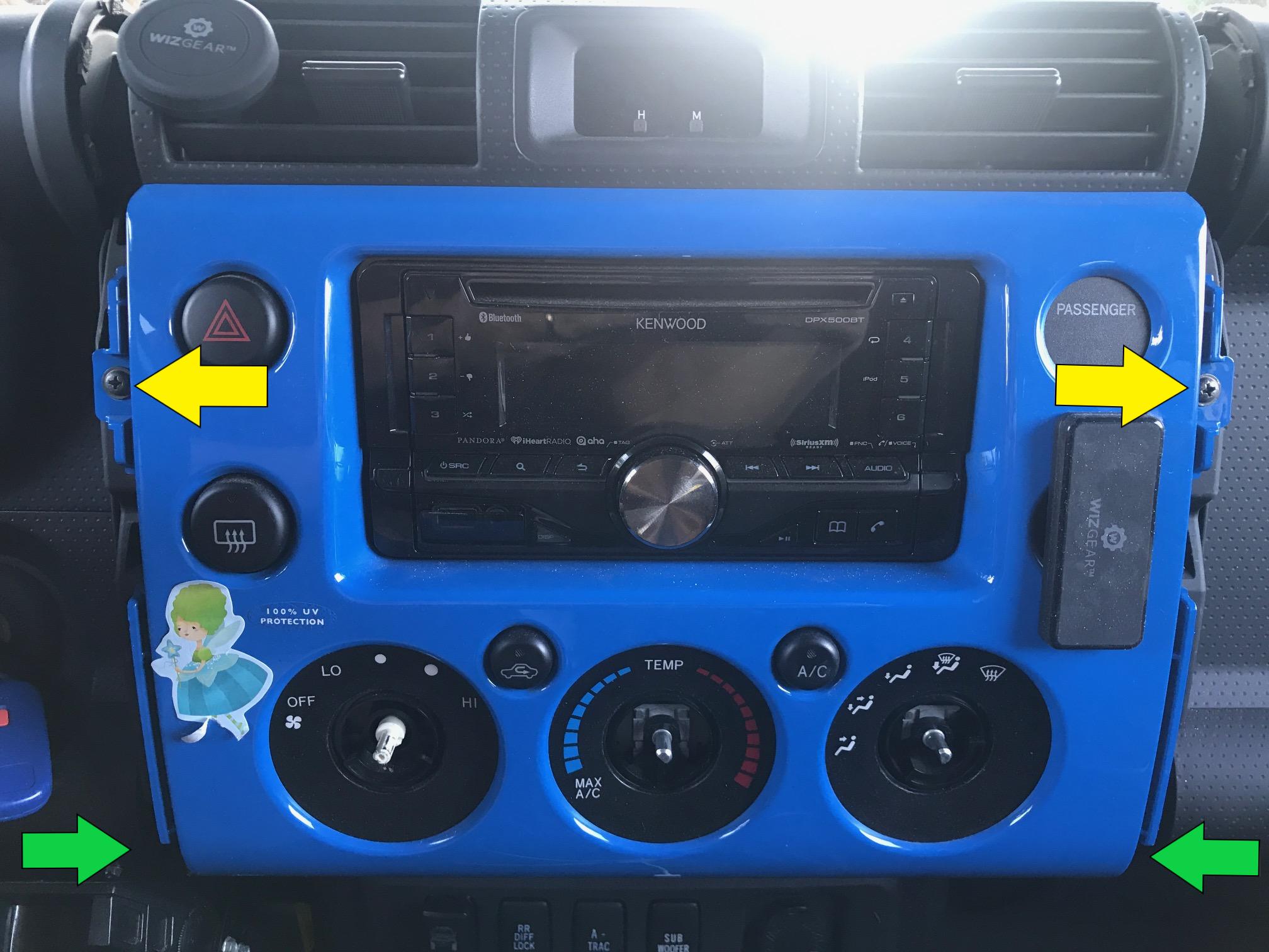 39 07 fj w subwoofer want new hu with waze carplay rear cam and speakerphone toyota fj. Black Bedroom Furniture Sets. Home Design Ideas