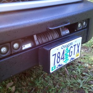 ROLLER FAIRLEAD COVER & LICENSE MOUNT