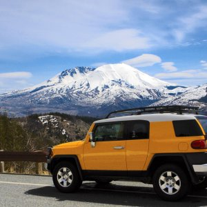 2007 FJ Cruiser at Mt St Helens, Washington